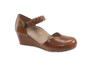 Women's Aetrex Mia Cognac Wedge Shoe
