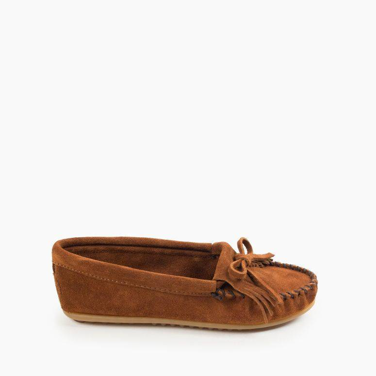 Women's Minnetonka Moccasin 400 Kilty Hardsole Brown