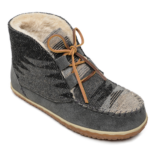 Minnetonka Lace-up Grey